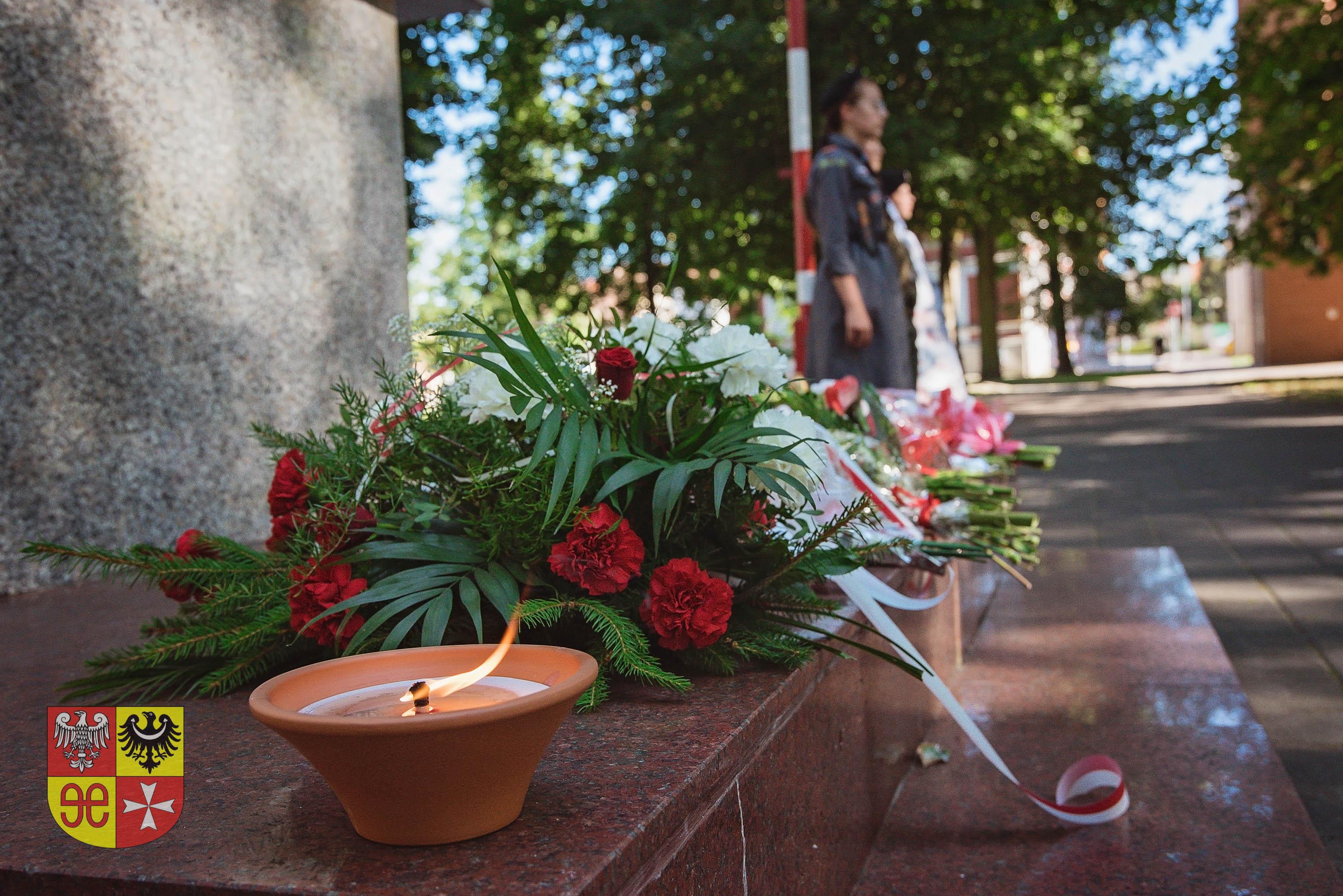 Ilustracja do informacji: Zdjęcia - obchody wybuchu Powstania